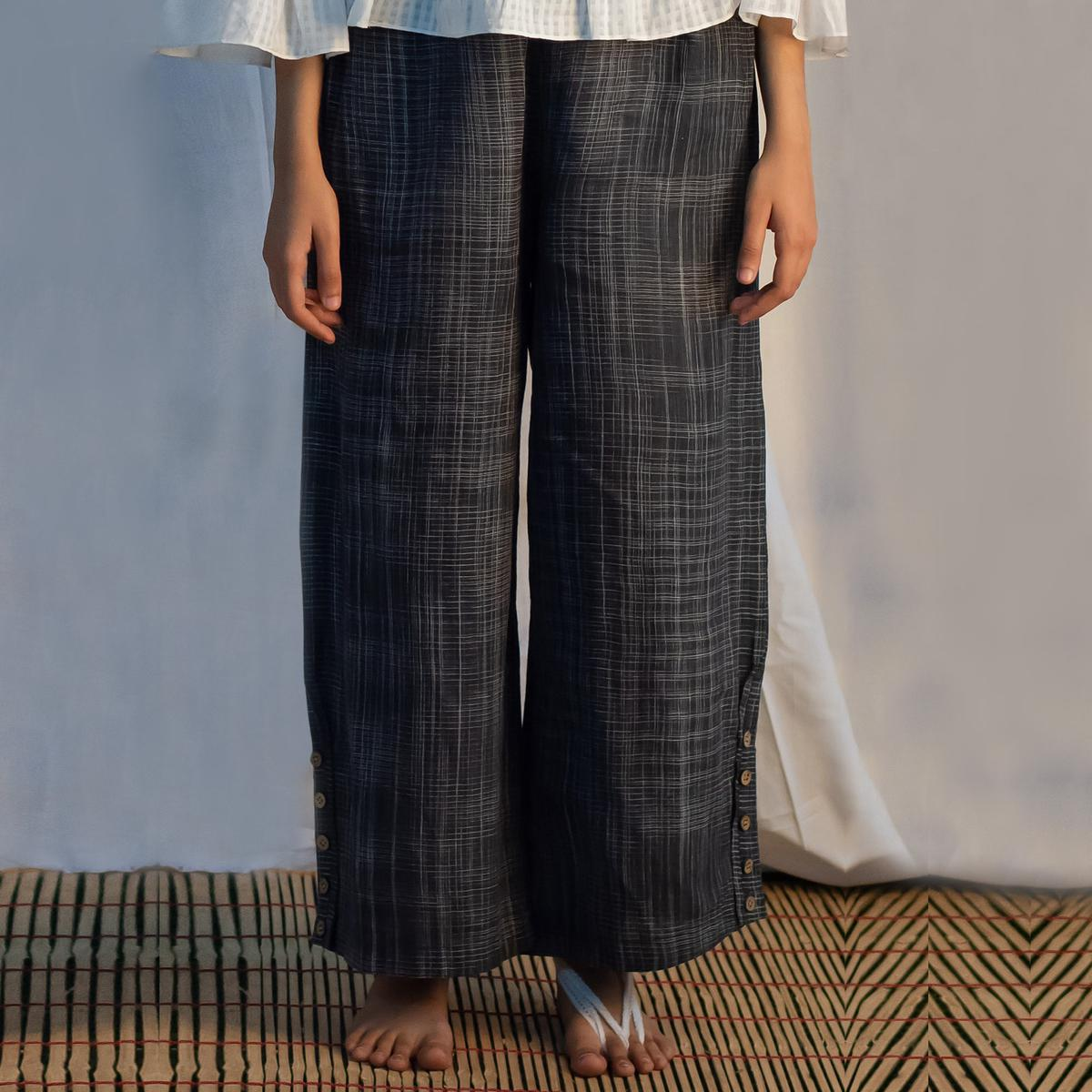 Flaunt Black Colored Casual Wear Check Cotton Straight Trouser