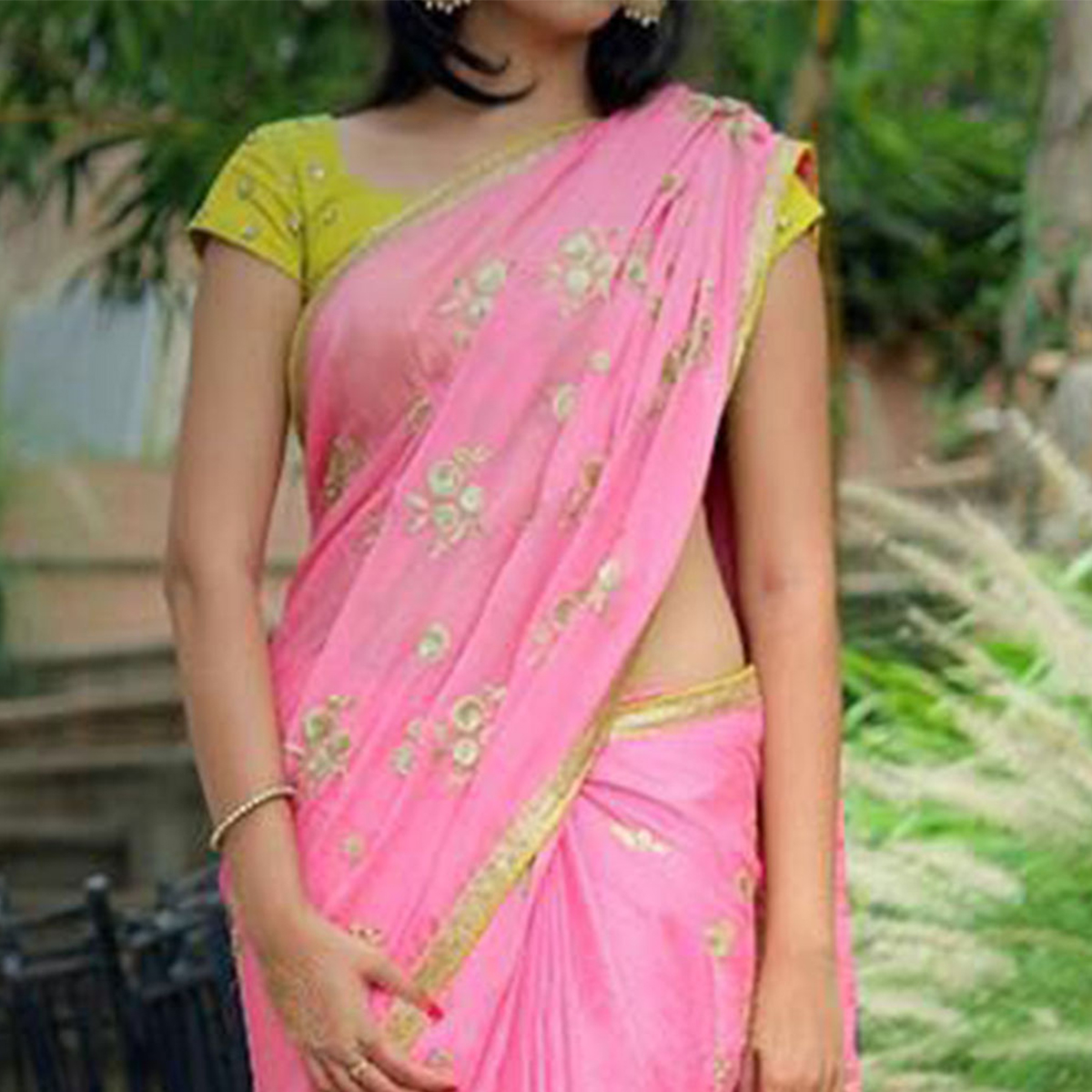Pink Georgette floral Embroidered Saree