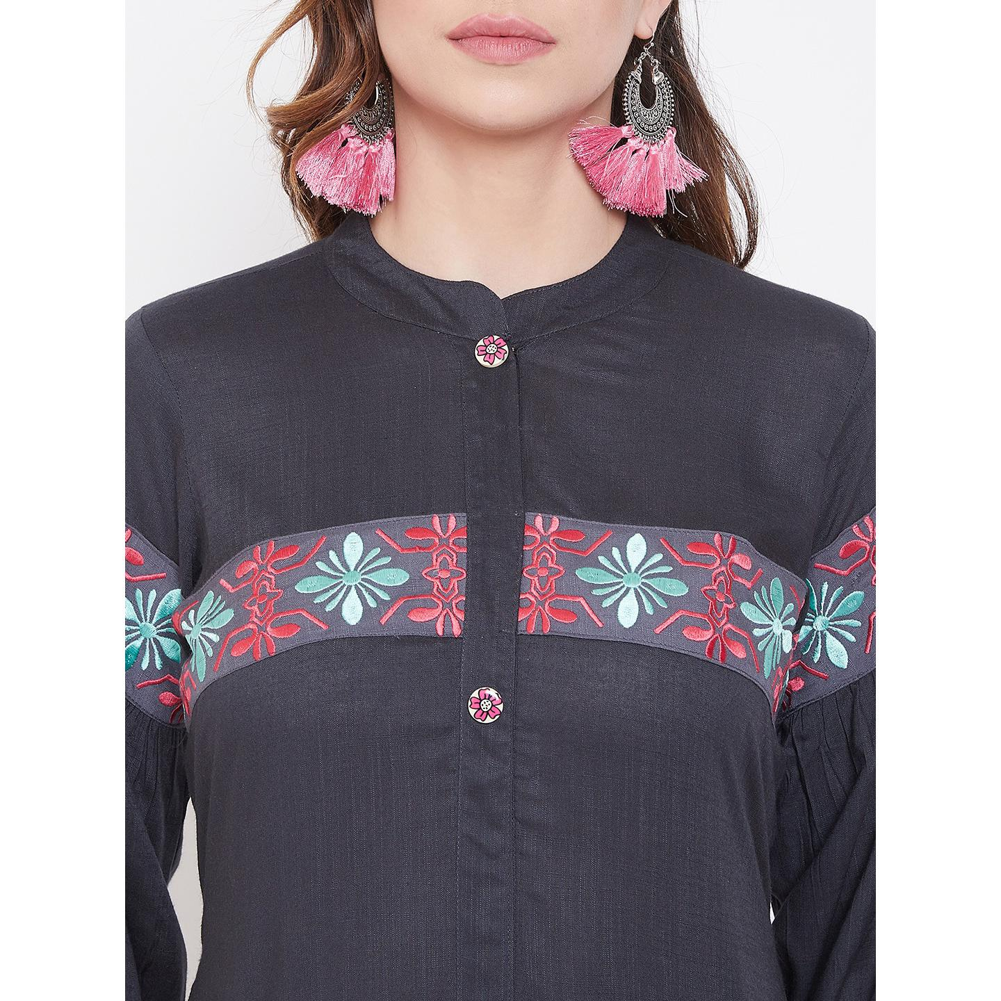 Winered - Fantastic Grey Colored Casual Wear Embroidered Rayon Kurti