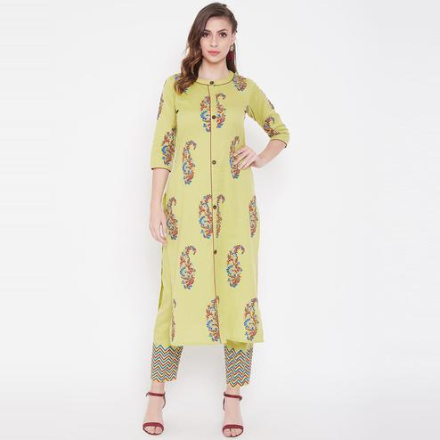 Winered - Imposing Light Yellow Colored Casual Wear Printed Cotton Kurti-Pant Set
