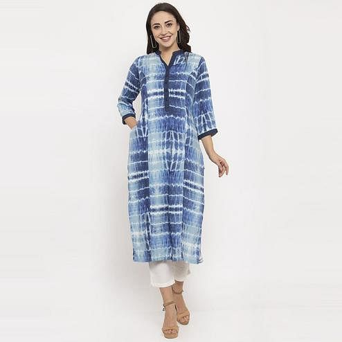 Ayaany - Blue Colored Casual Wear Printed Cotton Kurti