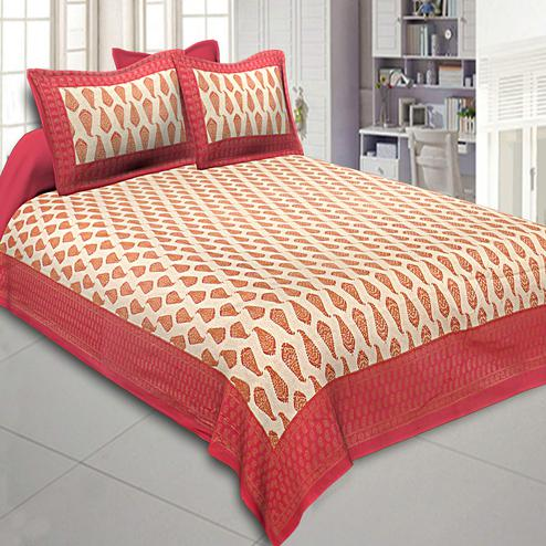 Sensational Red Colored Leafy Delights Printed Cotton Double Bedsheet With Pillow Cover