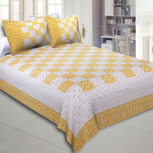 Blooming Lemon Yellow Colored Checkered Gold Printed Cotton Double Bedsheet With Pillow Cover