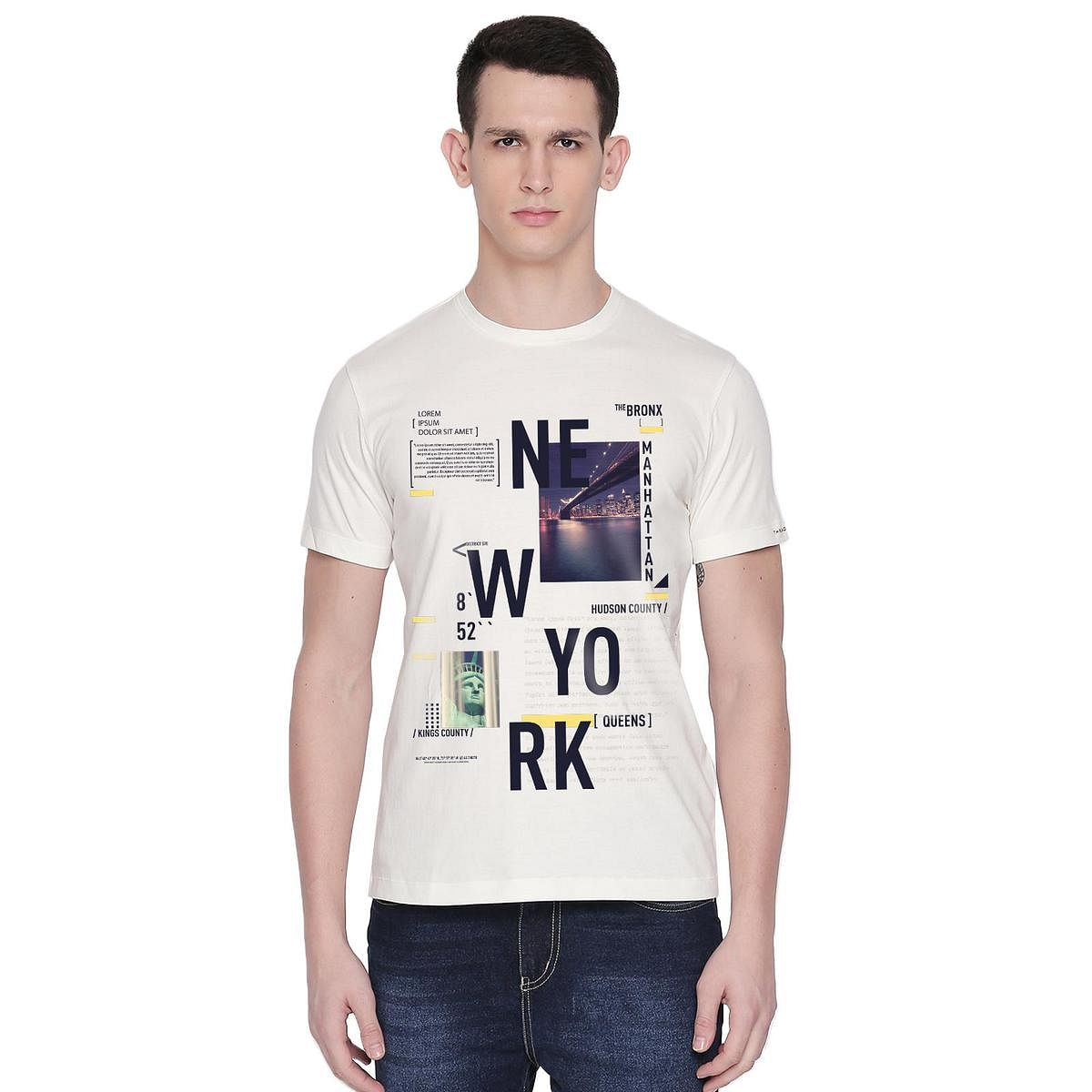 THREADCURRY - White Colored NEW YORK | Cityscape Urban Travel USA New York NYC Creative Cotton Graphic Printed T-shirt for Men
