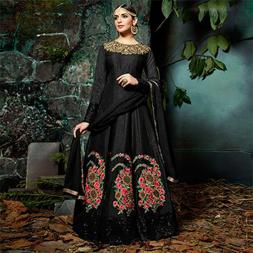 Sizzling Black Pure Georgette Designer Anarkali Suit