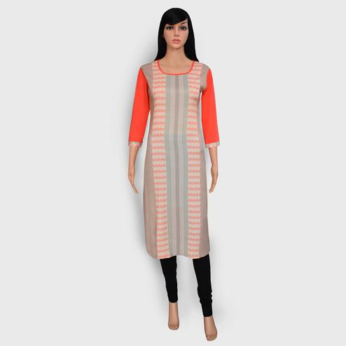 Gleaming Peach Colored Casual Wear Printed Crepe Kurti