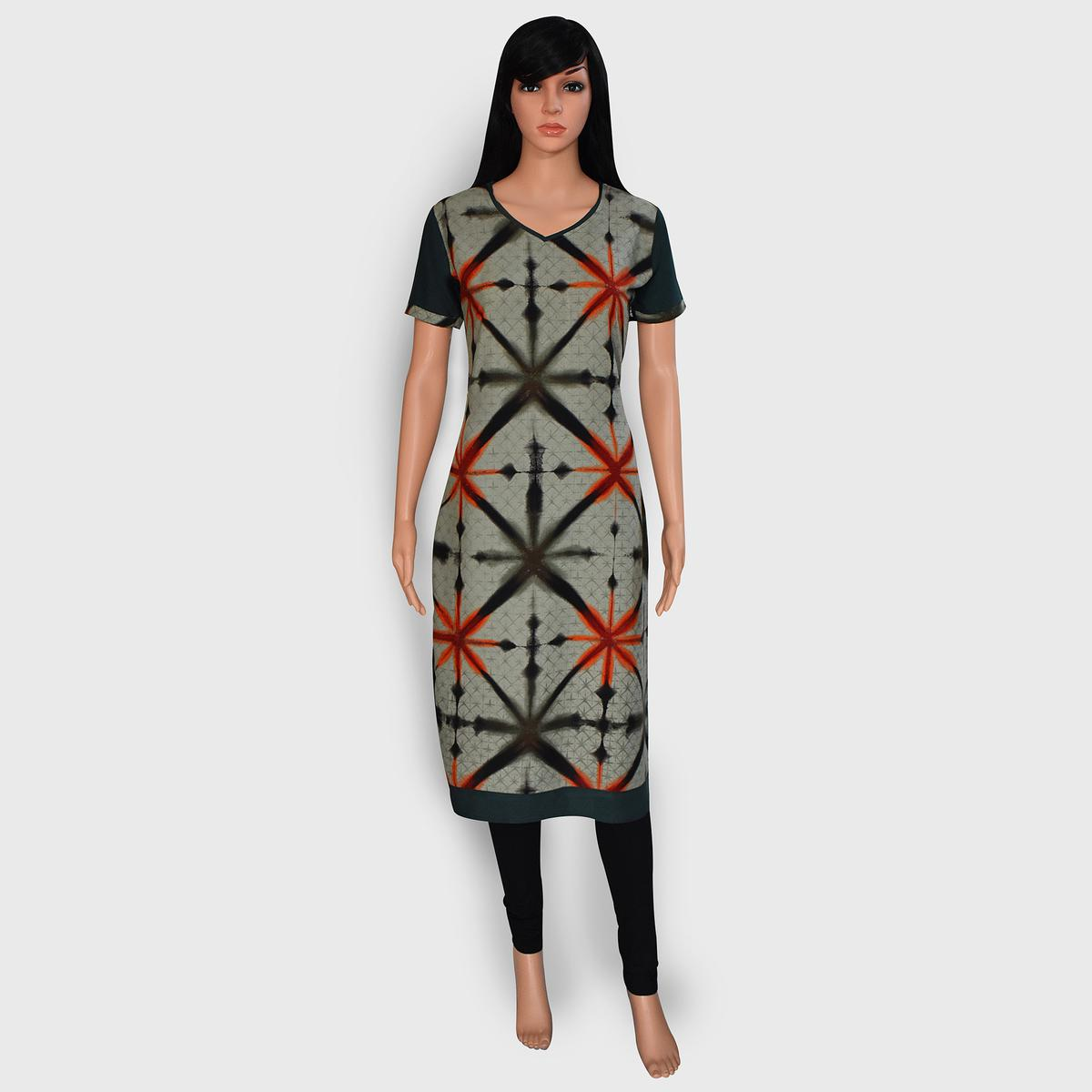 Flattering Grey Colored Casual Wear Printed Rayon Kurti