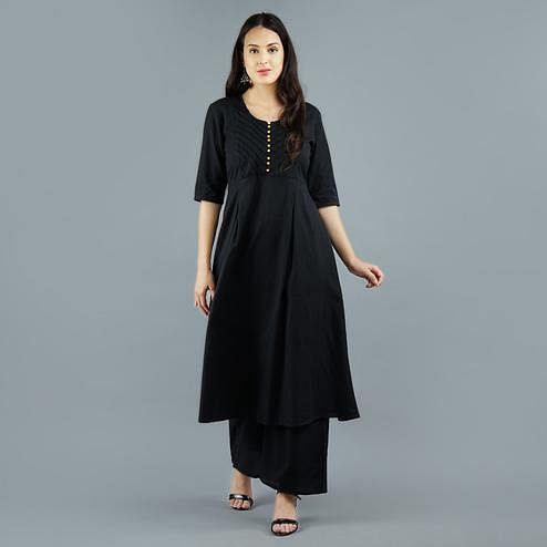 Darzaania - Black Colored Casual Wear Cotton Pintuck Kurti