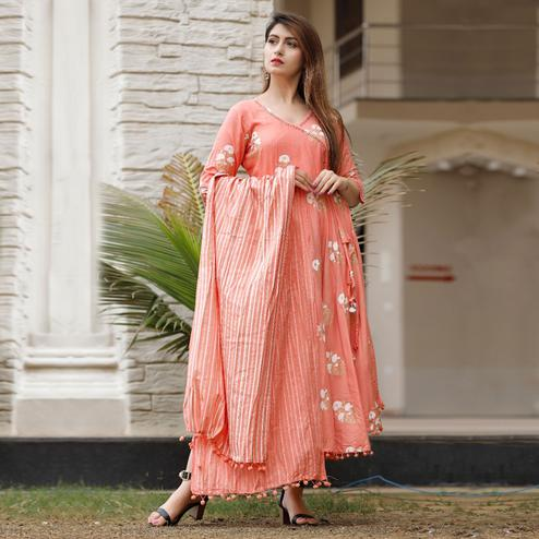 TrendMe Peach Colored Designer Block Printed Rayon Kurti With Stole