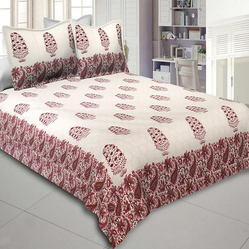 Jazzy Cream-Red Colored Gamla Hand Block Print Cotton Double Bedsheet With Pillow Cover