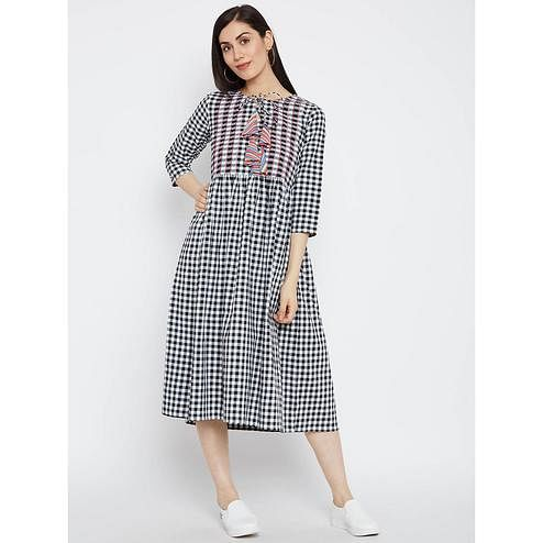 Fabnest - Black Colored Casual Wear Checked Printed Cotton Dress