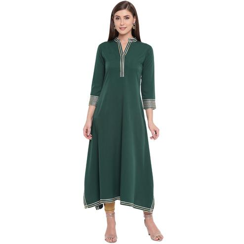 Fabnest - Green Colored Casual Wear Crepe Kurti