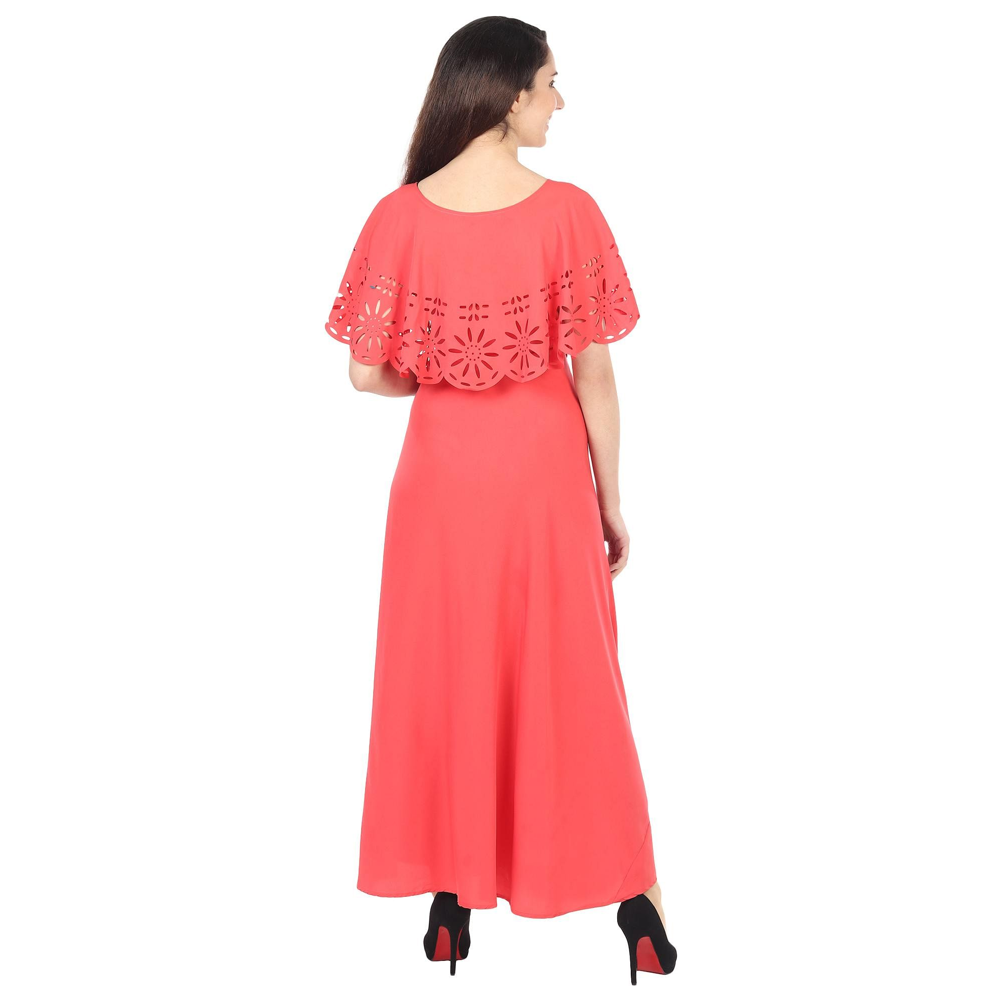 OMADAM - Red Colored Casual Wear Floral Crepe Cape Gown