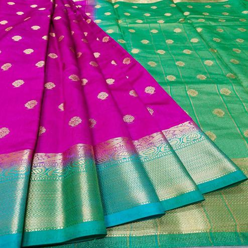 Staring Dark Pink-Green Colored Festive Wear Woven Banarasi Silk Saree