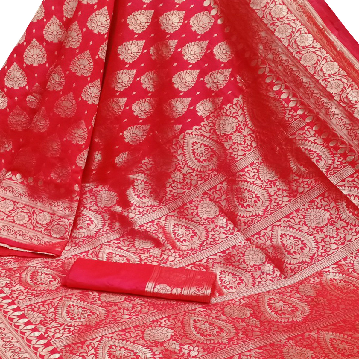 Jazzy Red Colored Festive Wear Woven Banarasi Silk Saree