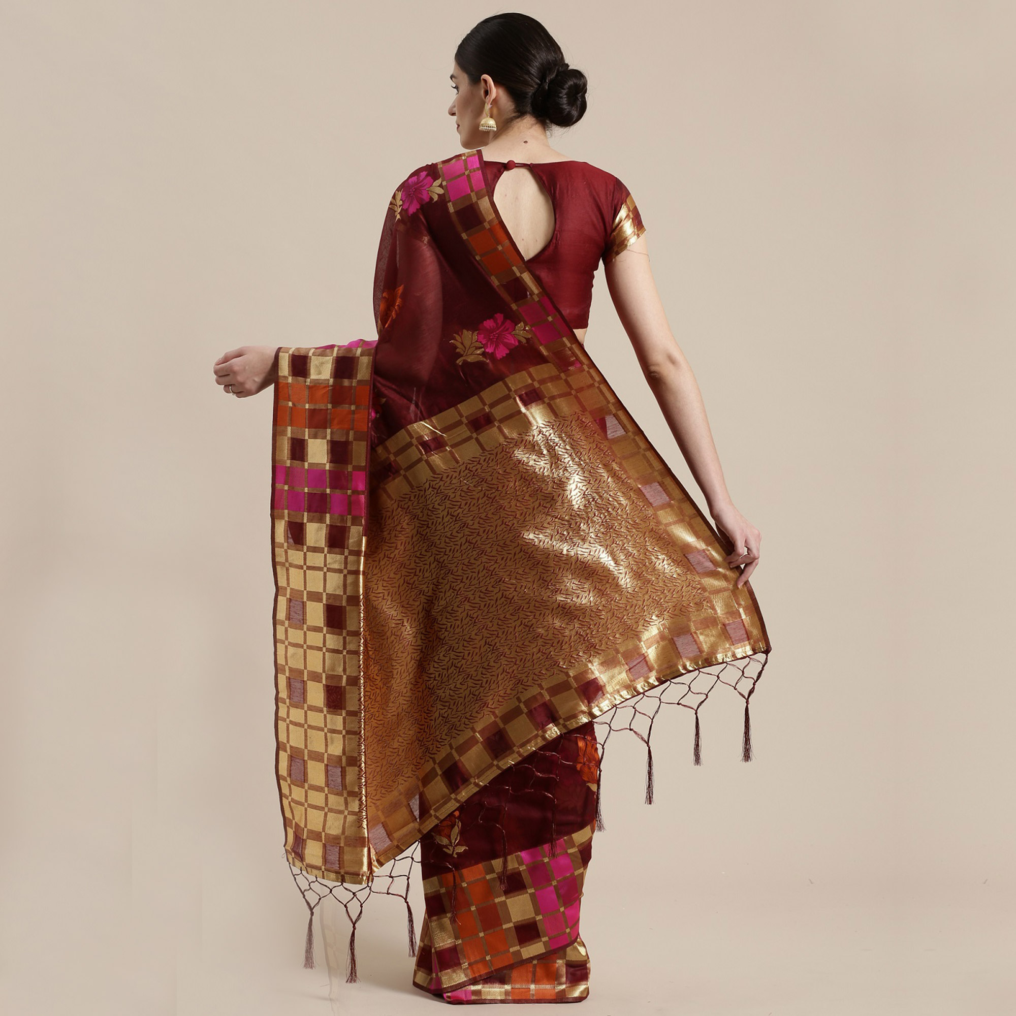 Energetic Maroon Colored Festive Wear Woven Floral Cotton Silk Saree With Tassels