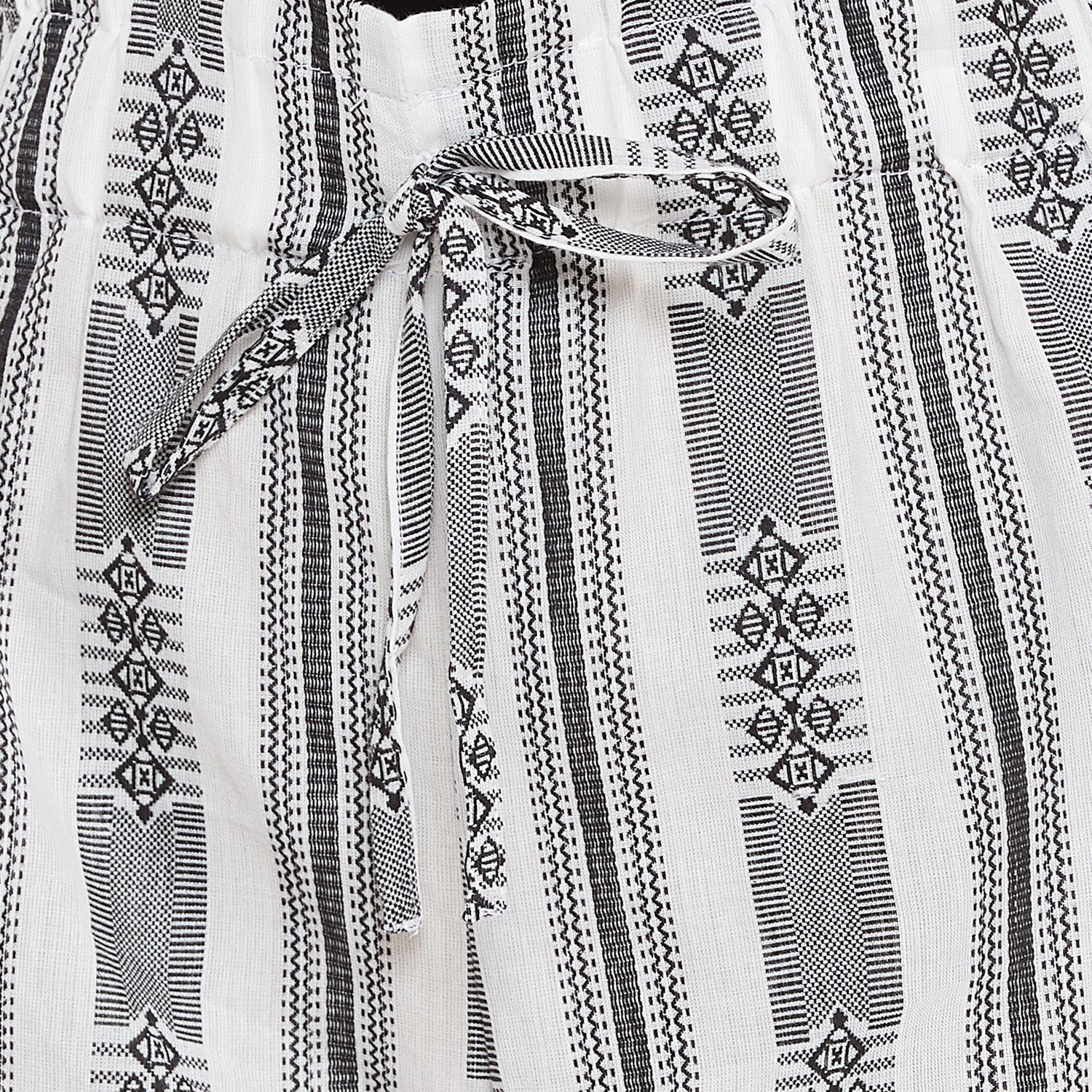 Weave & Knits - Grey Colored Casual Wear Striped Printed Elastic Tie up Waist Cotton Short