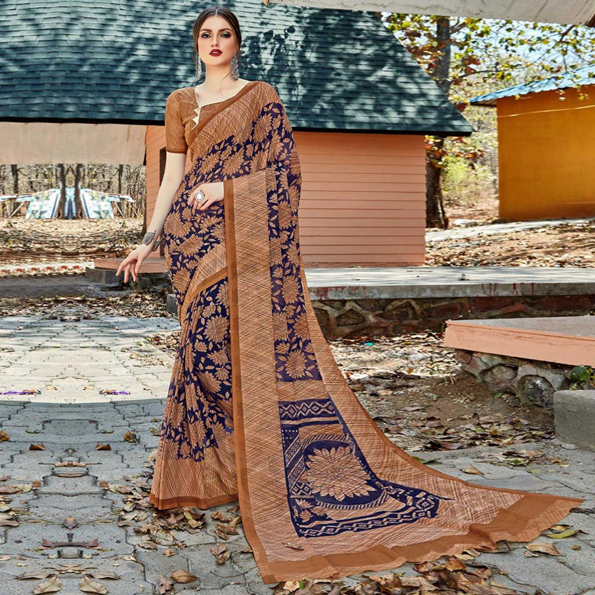 Intricate Blue-Beige Colored Casual Wear Georgette Saree