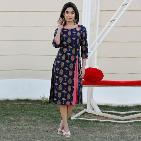 TrendMe - Adorning Blue Colored Casual Wear Printed Rayon Kurti
