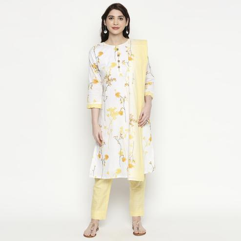 Blooming White-Yellow Colored Casual Wear Floral Printed Cotton Kurti-Pant Set With Dupatta