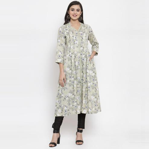 Ayaany - Green Colored Casual Wear Printed Cotton Kurti