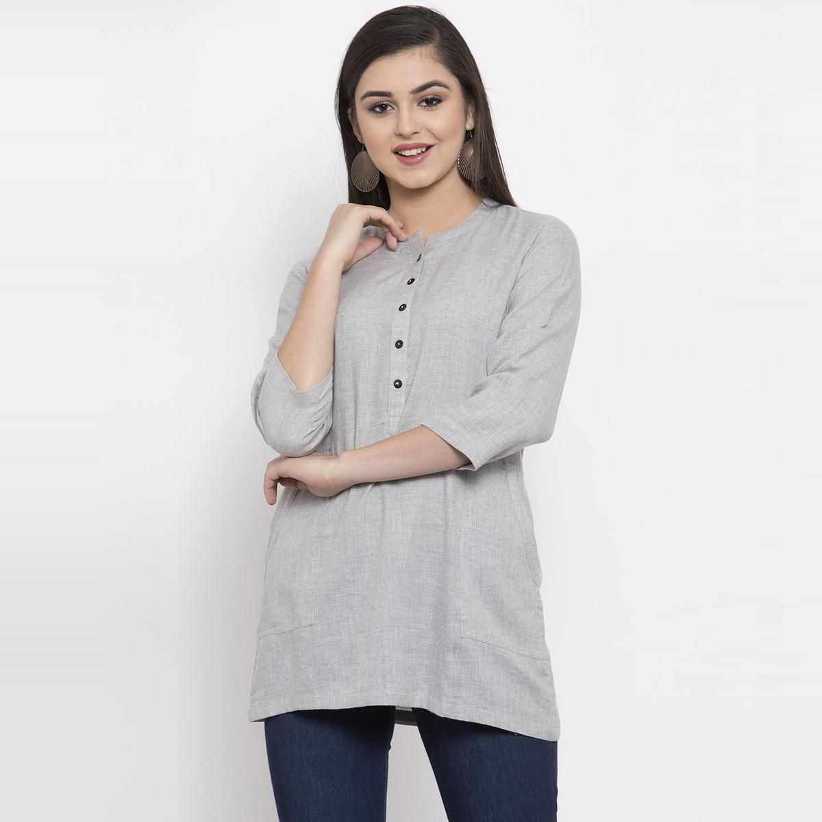 Ayaany - Grey Colored Casual Wear Cotton Tunic