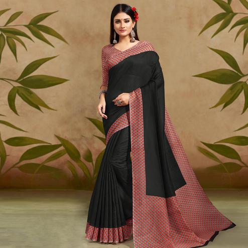 Opulent Black Colored Casual Wear Printed Cotton Silk Saree