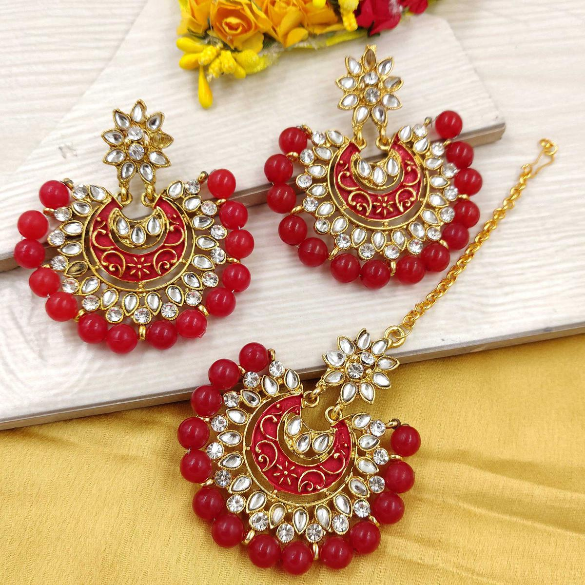 Zaffre Collections - Latest Round Maroon Maang Tikka with Earrings Set for Women and Girls