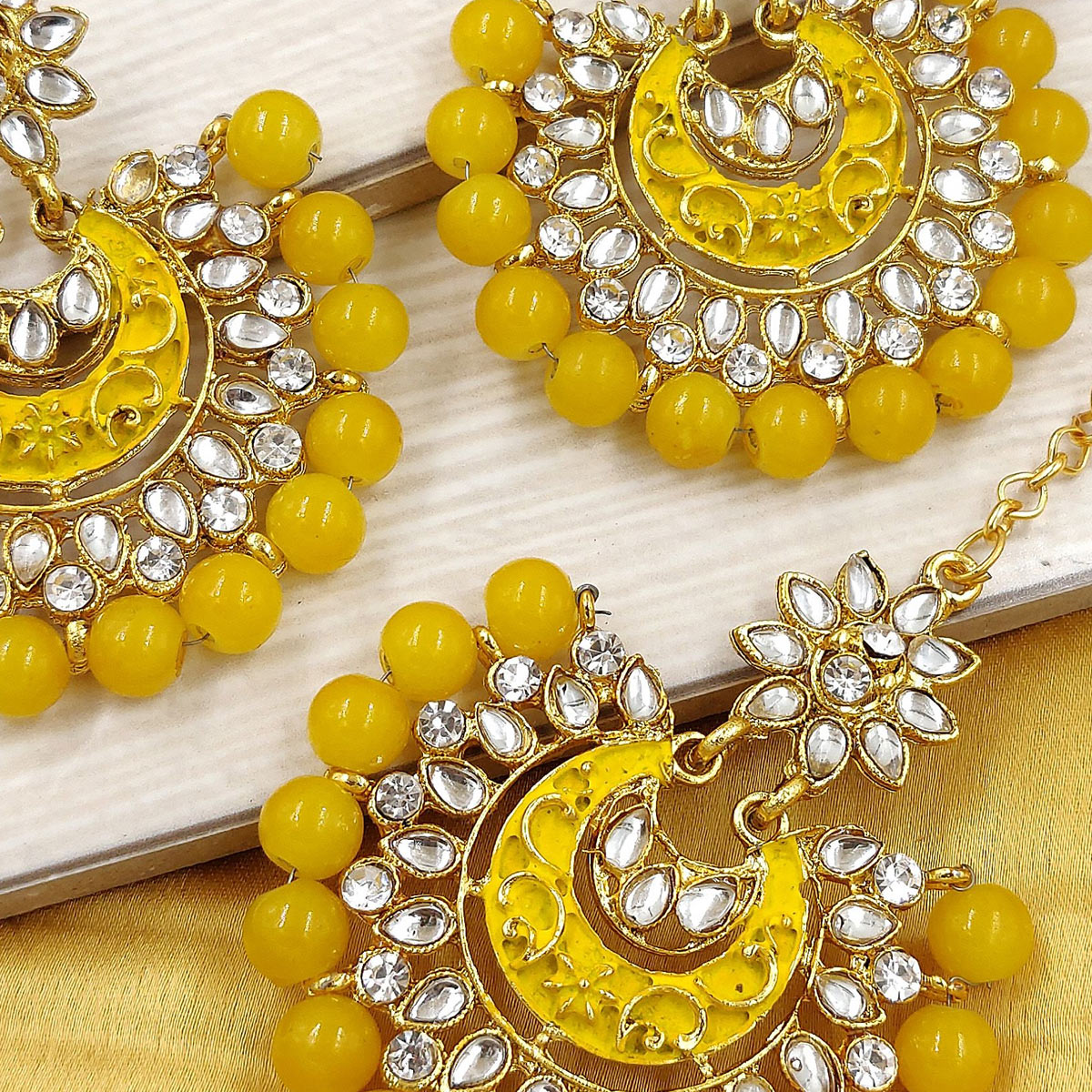 Zaffre Collections - Latest Round Yellow Maang Tikka with Earrings Set for Women and Girls