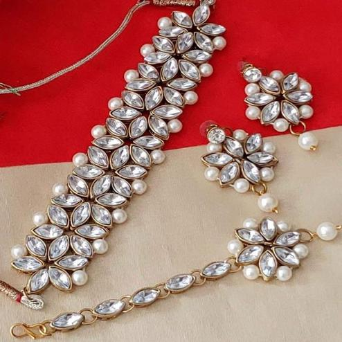 Zaffre Collections - Trendy White Crystal and Pearl Choker with Earrings and Maang Tikka for Women and Girls