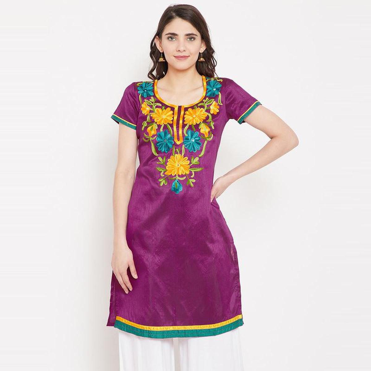 Aask - Purple Colored Casual Wear Embroidered Dupion Kurti