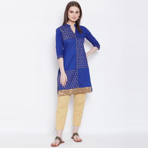 Aask - Blue Colored Casual Wear Printed Cotton Kurti