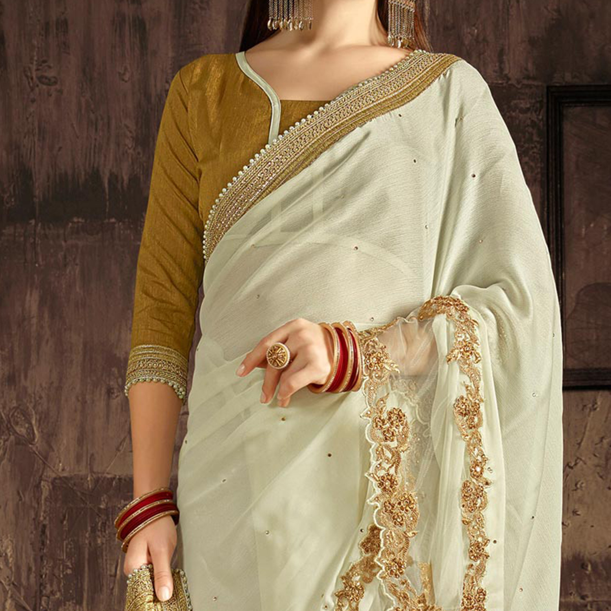 Beautiful Cream Floral Embroidered Border Saree