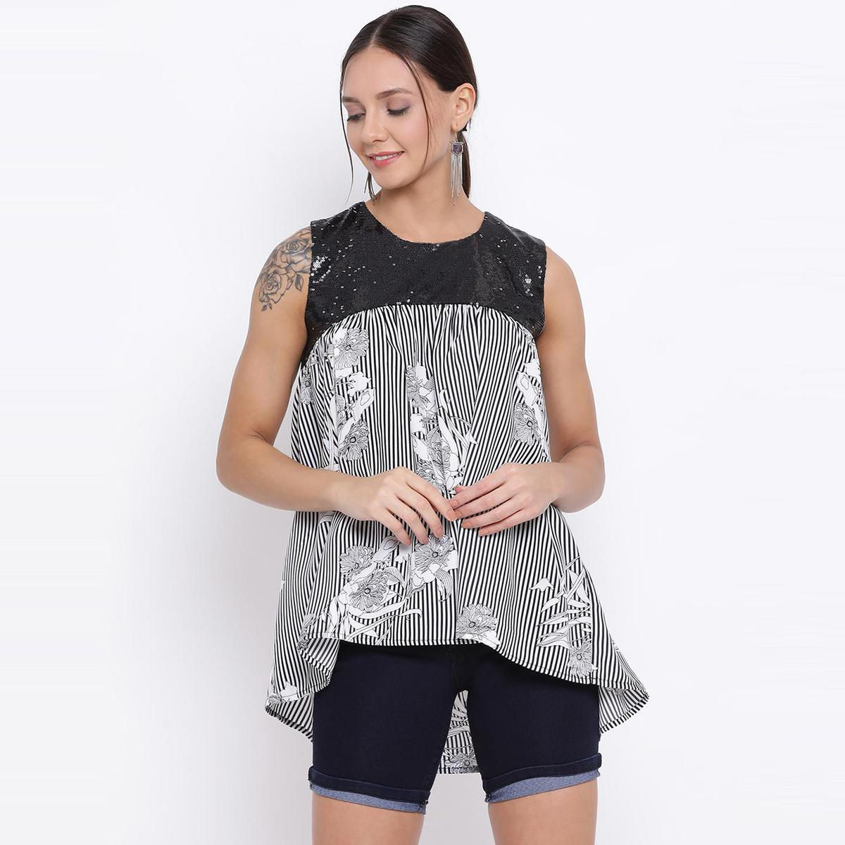 All Ways You - Black Colored Casual Wear Floral Printed Polyester High-low Top