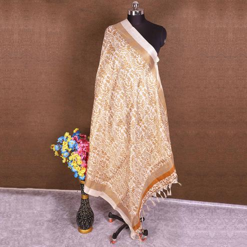 Flirty Cream-Yellow Colored Casual Wear Printed Cotton Blend Dupatta With Tassels