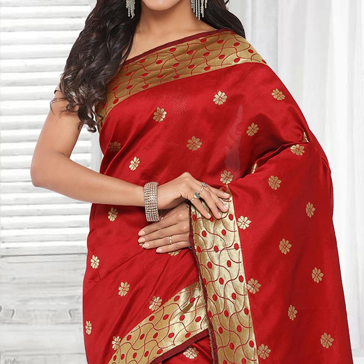 Beautiful Red Festive Wear Cotton Silk Jacquard Woven Saree