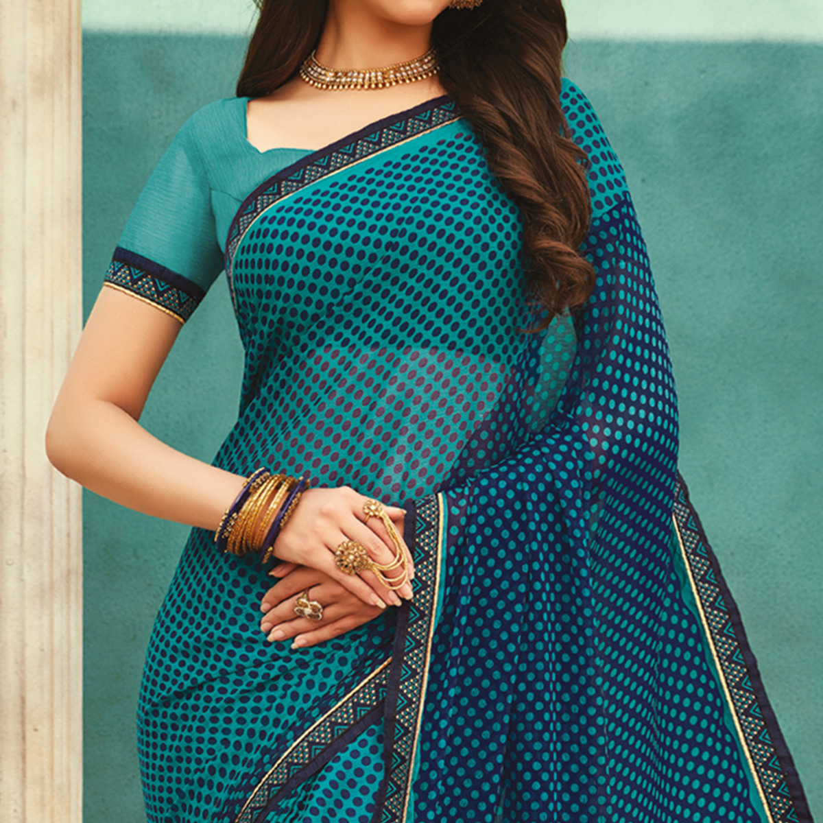 Blooming Peacock Blue Colored Casual Wear Printed Chiffon Saree