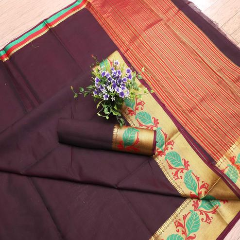 Glorious Purple Colored Festive Wear Woven Banarasi Silk Saree