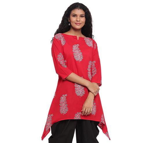 Fabnest - Red Colored Assymetrical Hem Printed Cotton Kurti