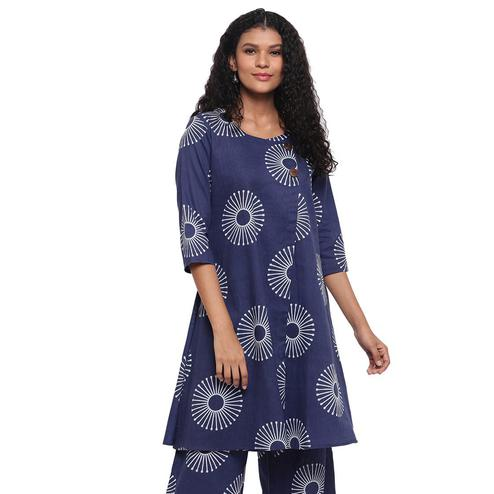 Fabnest - Indigo Blue Colored Printed Cotton Kurti