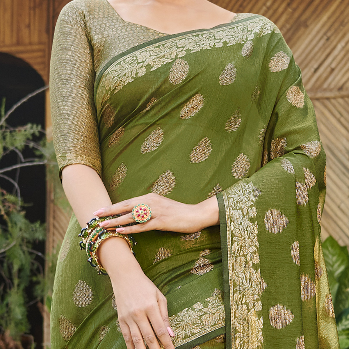 Imposing Olive Green Colored Festive Wear woven Handloom Silk Saree