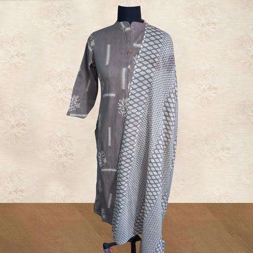 Staring Grey Colored Casual Wear Printed Pure Cotton Kurti With Dupatta