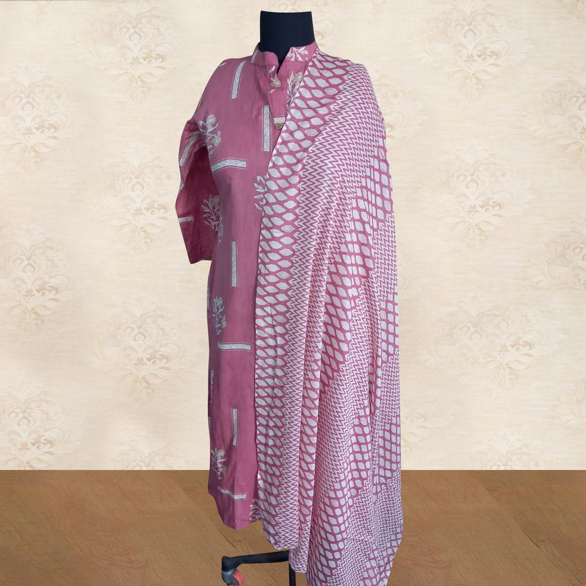 Dazzling Pink Colored Casual Wear Printed Pure Cotton Kurti With Dupatta