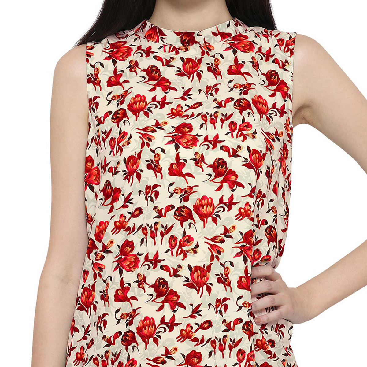 Red Floral Printed Casual Wear Crape Top