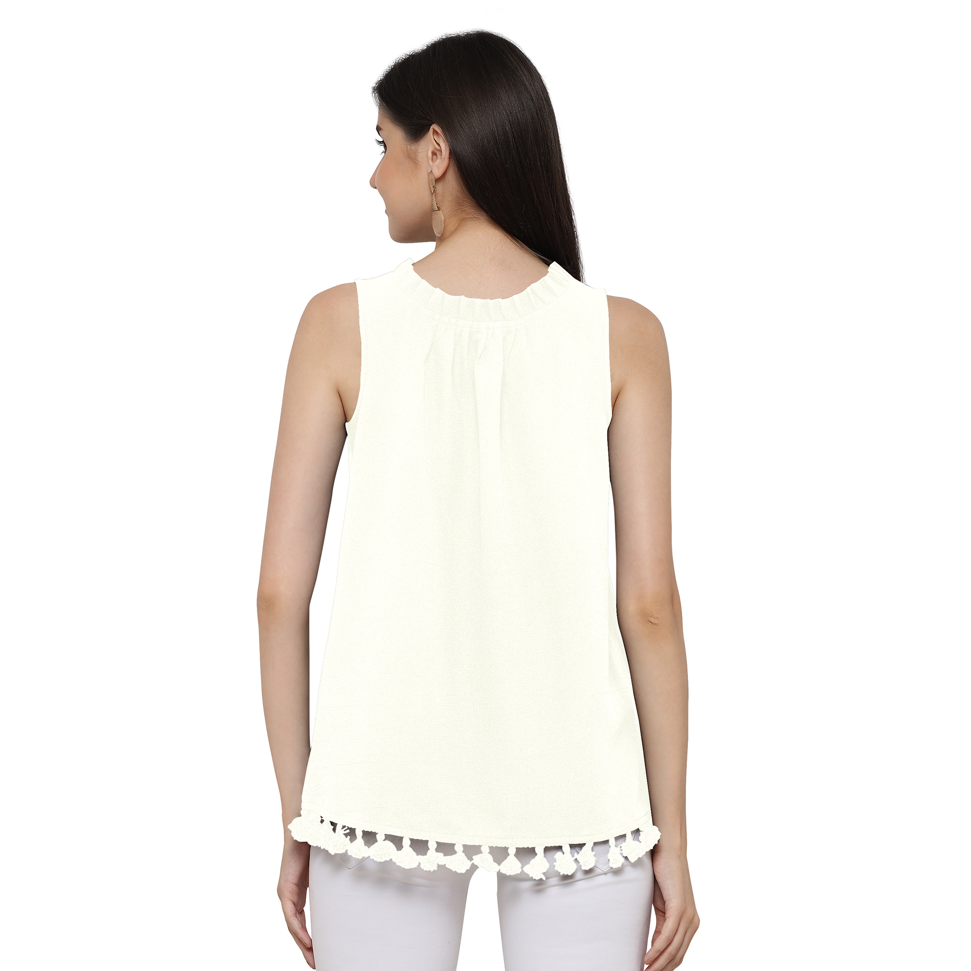 Lovely White Sleevless Casual Georgette Top