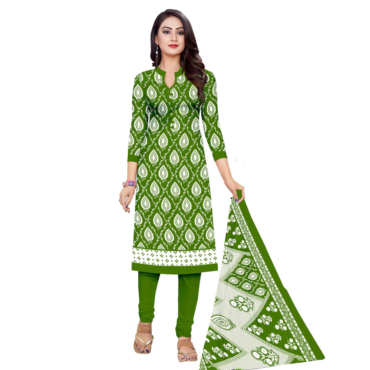 Exceptional Green Colored Casual Wear Printed Cotton Dress Material