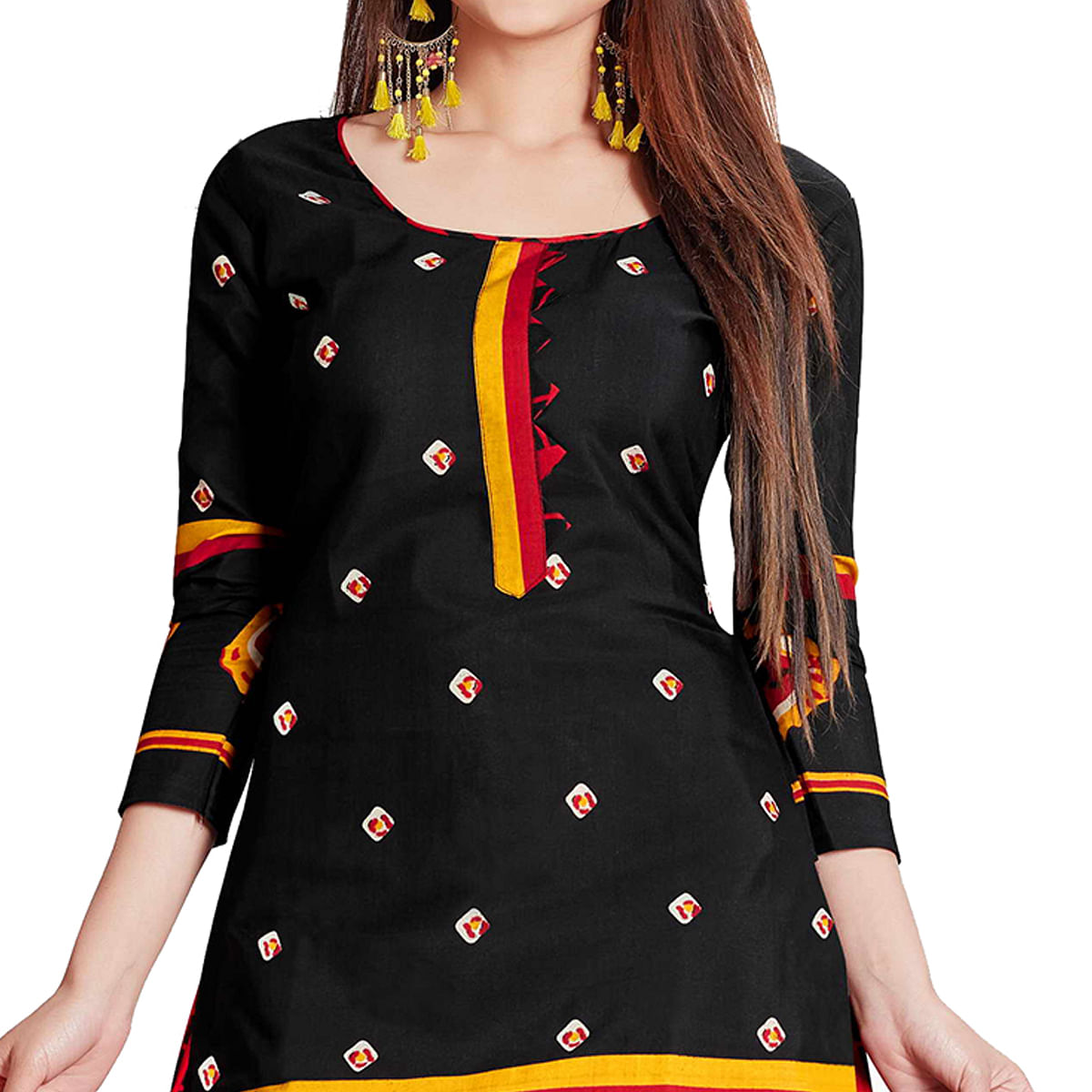 Flamboyant Black Colored Casual Wear Printed Cotton Dress Material
