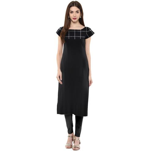 Ahalyaa - Women's Black Colored Casual Wear Checked Printed Crepe Kurti