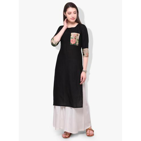 Ahalyaa - Women's Black Colored Casual Wear Digital Printed Cotton Kurti