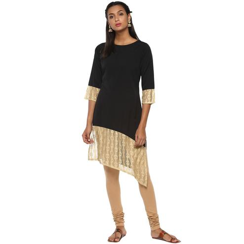 Ahalyaa - Women's Black Colored Casual Wear Solid Crepe Kurti